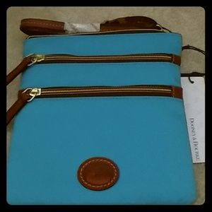 Dooney & Bourke North South Triple Zip